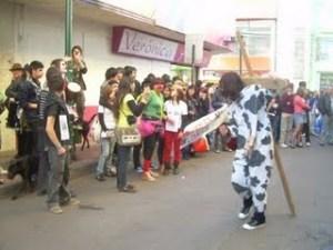 Protesta Pacífica frente a Mc Donals en el Día de la Alimentación