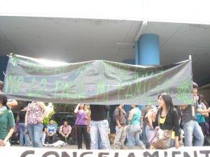 Marcha U. Bio Bio frente a la Gobernación